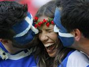 Brazil 2014: Smooching in World Cup