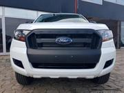 Le FORD Ranger XL double cabine 4 x 4 Togo